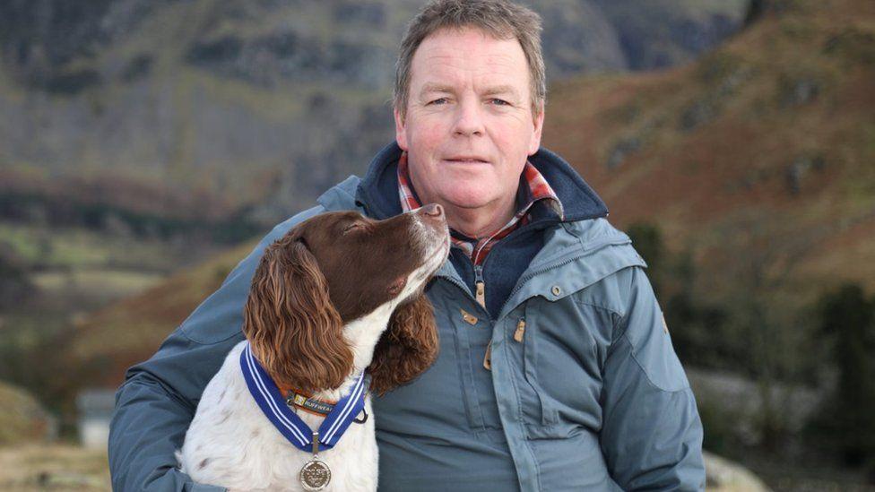 Max, čudežni kuža prejel priznanje za pozitiven vpliv, ki ga ima na ljudi