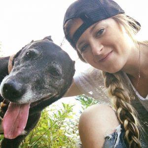 Čudež: slep in gluh izgubljen 16-letni kuža po 9 dneh najden živ